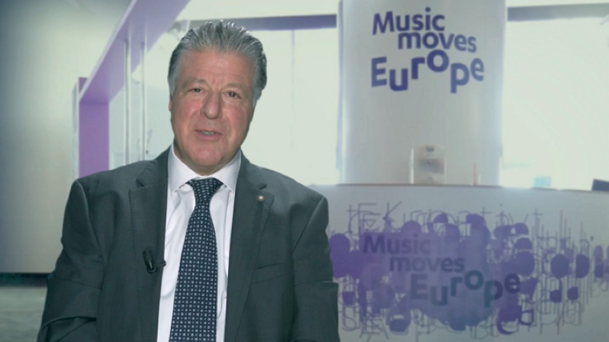 "ASSOMUSICA AND ELMA  Are taking part in the ""Music Moves Europe"" project and launch an appeal to the President of the European Commission Jean-Claude Juncker"